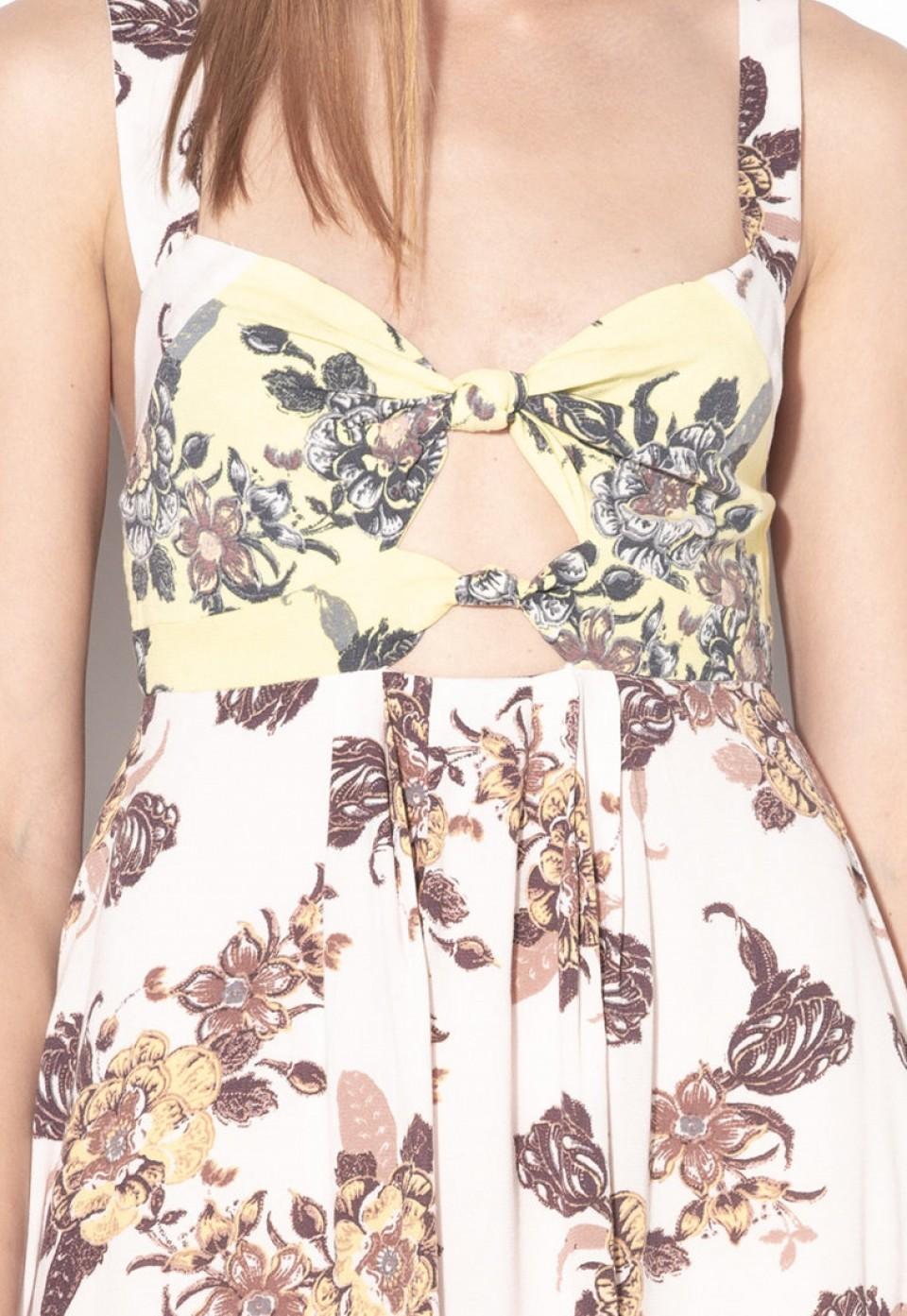 Къса флорална рокля